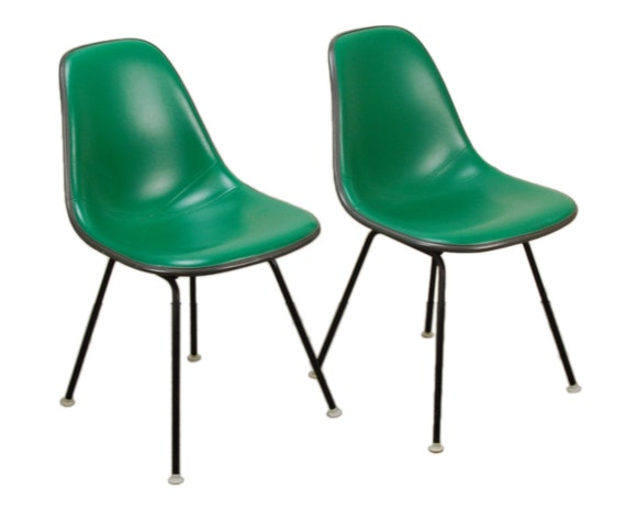 pair original herman miller eames molded plastic side chair