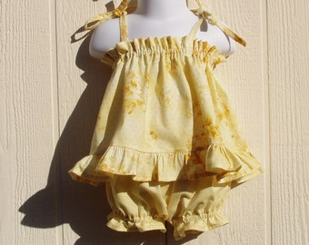 2 Piece Toddler Girl Yellow Top and Bloomers Size 24 Months