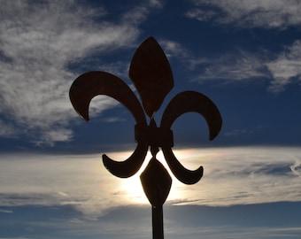 """Twisted Fleur de Lis garden sculpture, 37"""" tall, steel inspired by Hurricane Katrina - New Orleans art"""