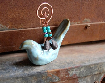 Birdie / Ceramic Bird Photo Holder/Jewelry Display