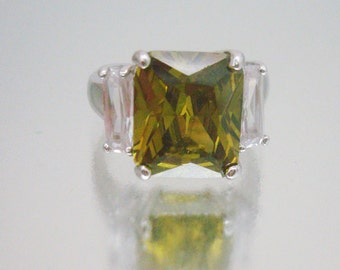 Stunning Olive Green And Clear Rhinestone Ring