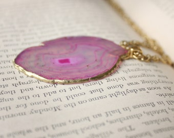 Beautiful Pink Rose Agate Geode Necklace on 10k gold chain. Geode Jewelry, Rosa Agate Jewelry, Free Shipping
