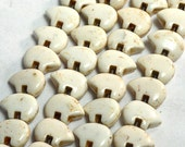 Six Dyed White Magnesite Zuni Style Bear Fetish Beads Southwestern Navajo Pueblo Sky Water Totem Animal Cool Puff Cream Ecru Taupe Off Cocoa