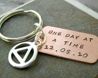 Sobriety Symbol Keychain, One Day At a Time with date, recovery keychain, sober, motivational gift, sober birthday