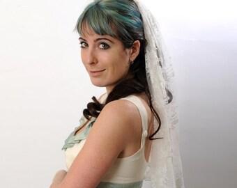 Lace Wedding Veil, short - Half veil in Off-white Floral Lace- Simple veil