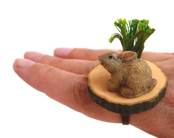 Adjustable ring - Bunny on a Wood Slice with a Green Grass Tuft - MR. BUNNY