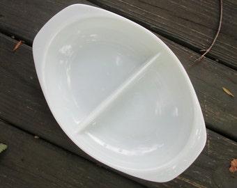 Vintage Pyrex Serving/ Baking Dish - Divided White Pyrex Dish