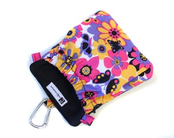The Pocket 2.0 - Treat and Training Pouch - Butterflies and Flowers