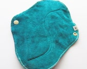 Green .. Organic Bamboo Velour Cloth Mama Pad Maxi With Wings HEAVY FLOW ... So soft 8 inch FREE Shipping