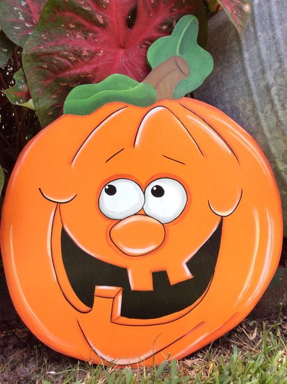 Make Your Own Halloween Yard Decor