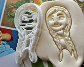 Frozen Anna Face Cookie Cutter / Made From Biodegradable Material / Brand New / Kids Birthday / Baby Shower Cake Girl / Cupcake Topper