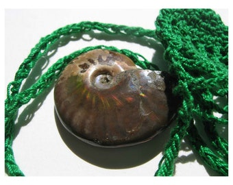 "NATURAL IRIDESCENT AMMONITE - Akasha Stone - Meditation - Crocheted Amulet ""Swing"" Pouch"