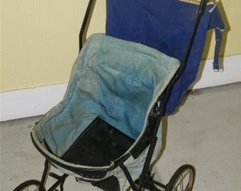 Vintage Collapsible Folding Baby Carriage Stroller 8215
