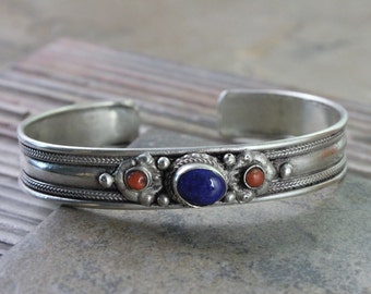 Lapis and Coral Traditional Bracelet