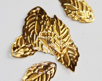 50 pcs of Gold plated stamp leaf drops, gold plated stamped leaf charm, gold stamped leaf pendant 10x18mm
