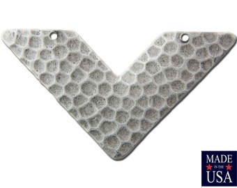 2 Hole Silver Ox Hammered V Connector Pendant (4) mtl390D