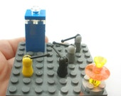 Doctor Who, LEGO, tiny diorama with Daleks and Tardis