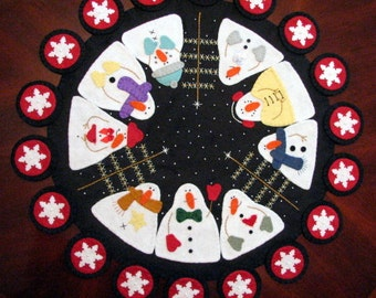 "Hand Stitched 24"" Round Primitive-Folk Art ""SNOWMAN GATHERING"" Wool Felt Penny Rug Table Centerpiece - Fiber Art - Home Decor - Snowmen"