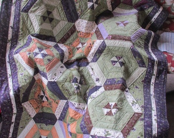 Lady Slipper Lodge Quilt - REDUCED