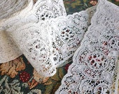 "Vintage White Cotton Lace Trim (2 3/8"" wide)"