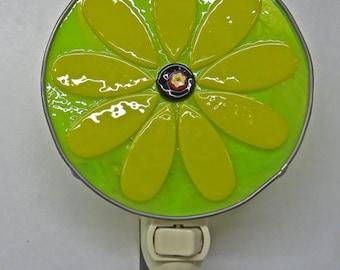 Flower Night Light - Large Yellow Daisy Nightlight - Fused Glass Flower Night Light - 4 Inch Diameter