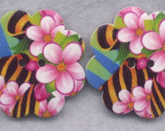 Bees Flowers Wood Buttons Wooden Buttons Petunias 36mm (1 1/2 inch) Set of 2/BT307