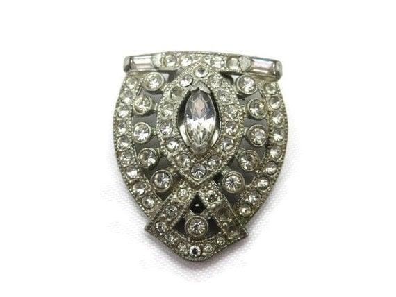 Vintage art deco dress clip rhinestone costume jewelry for Art deco costume jewelry