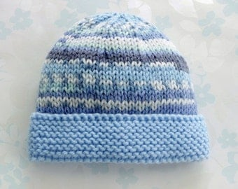 PREEMIE HAT - to fit 2.5 to 5.5 lb baby boy - NICU Kangaroo Care - baby yarn in shades of blue and white with light blue brim