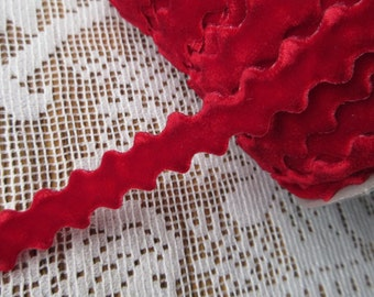 3 Yards True Red Velvet Ric Rac Ribbon Trim For Your Crafting Projects