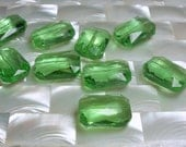 9pcs Chinese Crystal Glass Beads 20 by 14mm Spring Green Emerald cut Small/Medium Jewelry Jewellery Craft Supplies