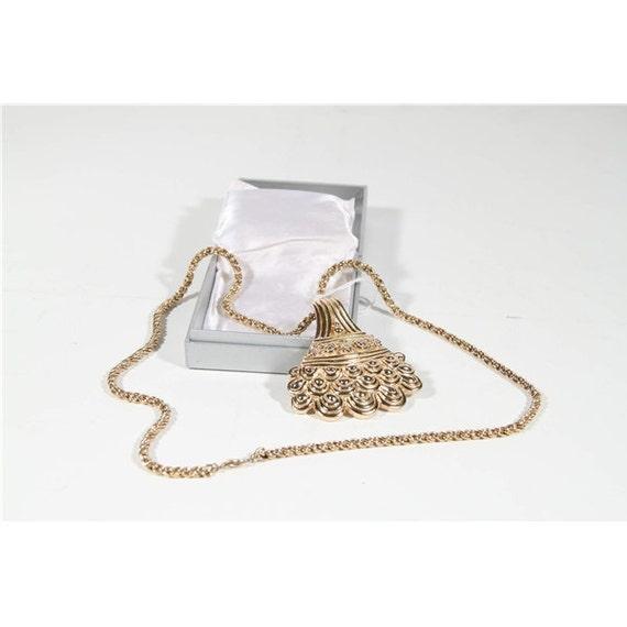 Bijoux Vintage Christian Dior : Christian dior bijoux vintage gold metal long necklace by