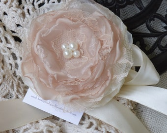 Wrist Corsage, Floral Corsage, Fabric Corsage, Fabric flower Corsage, Champagne Corsage, Wedding accessory, Flower Corsage, mother of bride