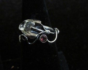 Sterling Silver Brutalist Calla Lily and Rhodolite garnet Spiral Adjustable Ring