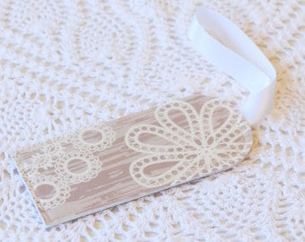 Birch & Lace -  Luggage Tag