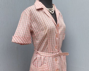 1940s/50s Vintage Pink Cotton/Polyester Shirtwaist Day Dress / House Dress