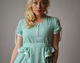 1930s Mossy Field Floral Dress~Size Extra Small
