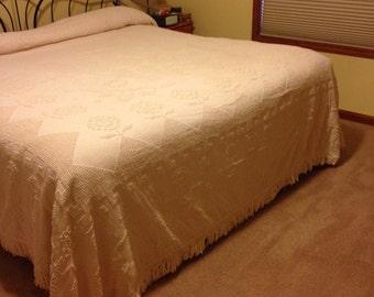 Vintage kingsize chenille bedspread
