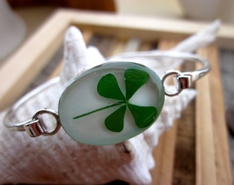 Real Four Leaf Clover Bracelet - White silver bangle bracelet. Lucky, Irish, Plant, Leaves, tree, love, Ireland, Blessed, Faith, Luck, Grad