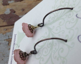 Sweet pale pink flower earrings