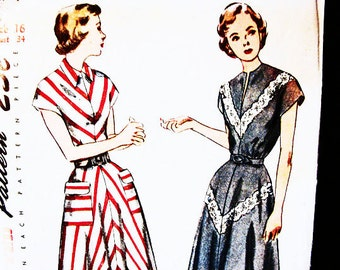 1940s Dress Pattern, size 16 Bust 34, UNCUT, Flared Skirt Dress Pattern, Dress with Pockets , Vintage Sewing Patterns 40's