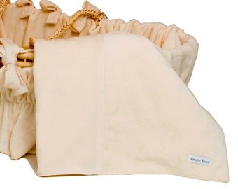 "100% organic cotton receiving blanket 30"" x 40"""
