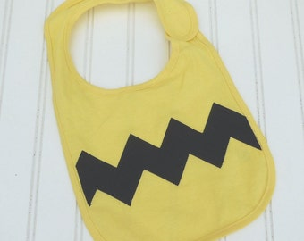 READY TO SHIP zig zag Charlie Brown inspired 100% cotton bib for baby and toddlers