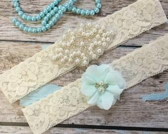 Wedding garter / Lace garter SET / bridal  garter / vintage lace garter / toss garter / wedding garter / pearl garter / seafoam green