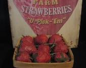 New Pattern! Primitive Folk Art Strawberries Pattern