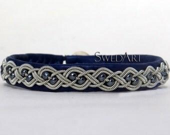 SwedArt B20 Aurora Swedish Lapland Sami Leather Bracelet with Hematite Beads Antler Button Navy LARGE