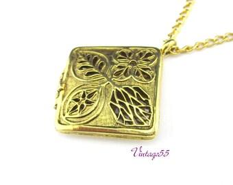 Necklace Perfume Pendant Leaf design Gold tone