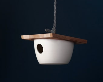 Minimalist Birdhouse