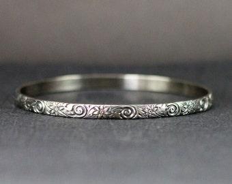 Sterling Bangle Bracelet - Flower Bangle 5mm Wide - Vintage Style Floral Pattern