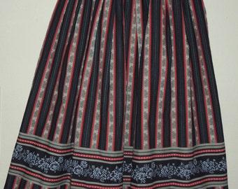 GERMAN DIRNDL Skirt Waist 27