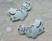 6 pcs Alice in Wonderland Cheshire Cat charms (Antique Silver)